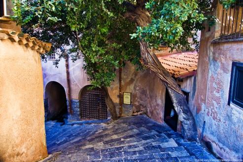 Entrée du Lavatoio Medievale Fiume Cefalino