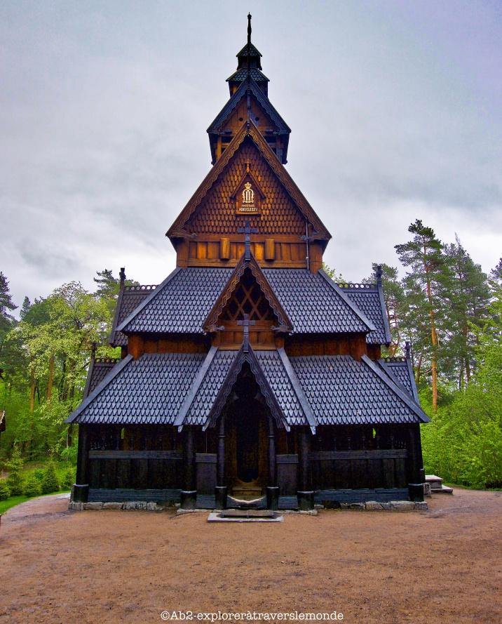 Musée du folkore - église vue