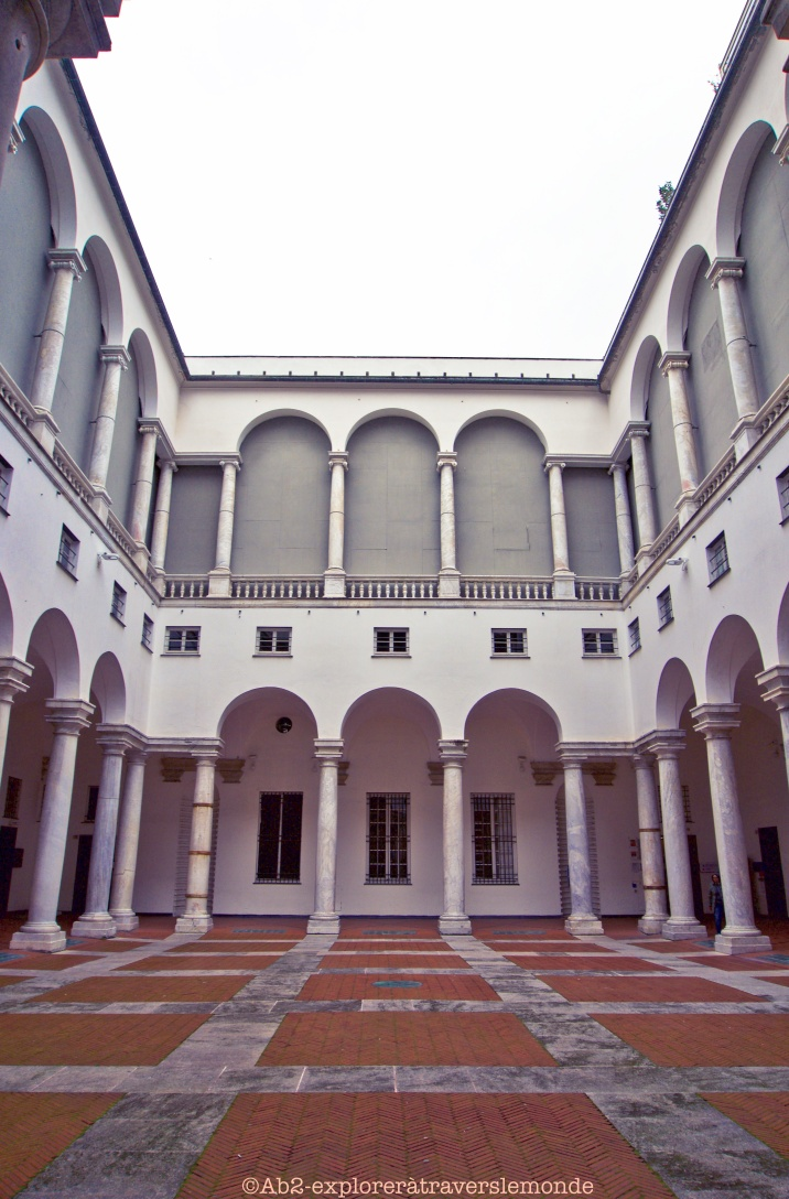 Palazzo Ducale - Cour