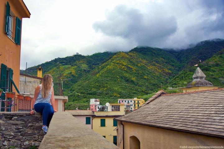 Vue sur le brouillard de Corniglia